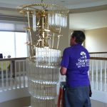 We take apart your chandelier piece by piece